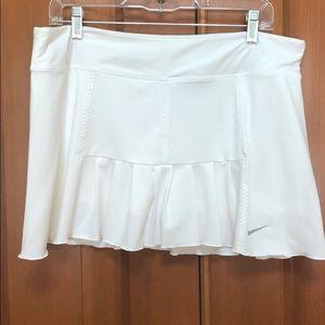 Nike drifit skirt in white